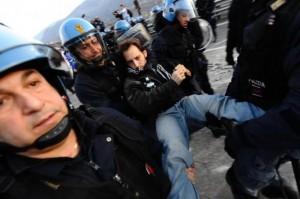 Леонард Менчиари не понаслышке знает о том, что такое акции протеста.