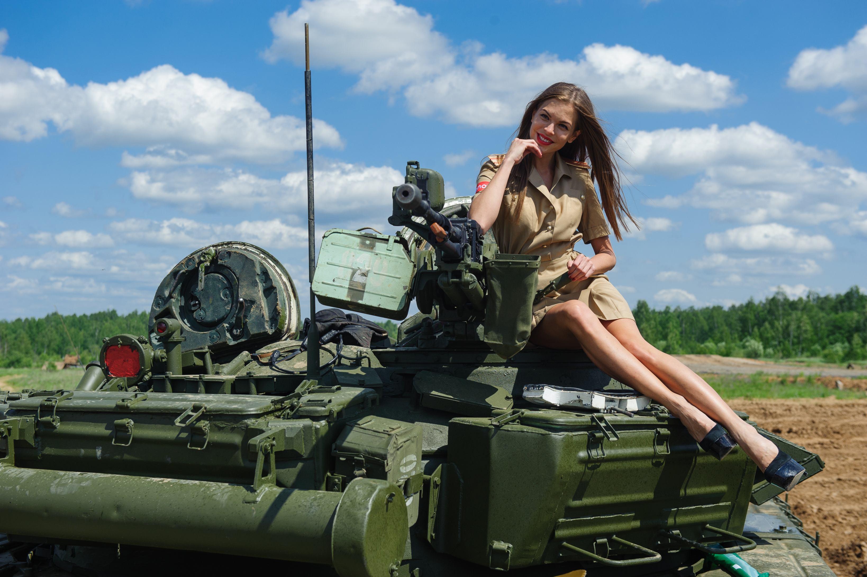 Подарок езда на танке 44